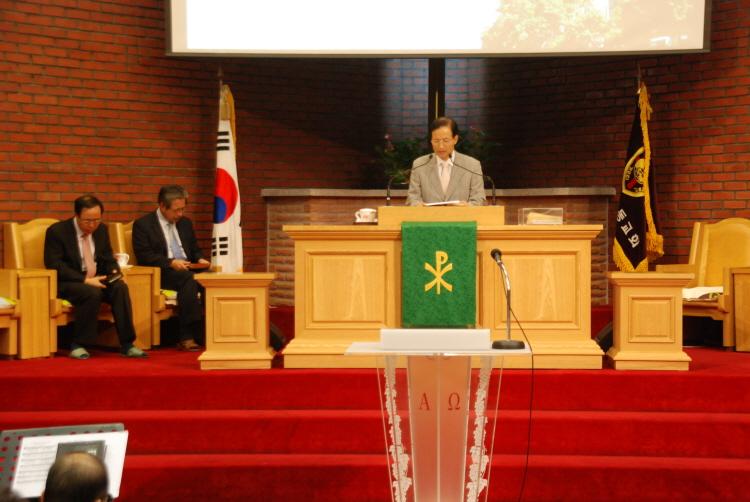 100906전교인부흥회11
